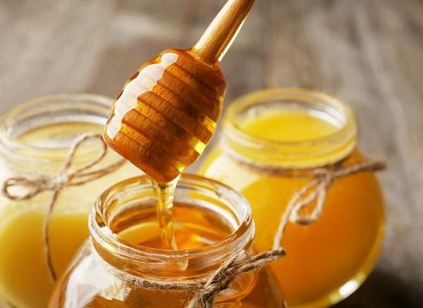 عسل برای درمان آفت دهان