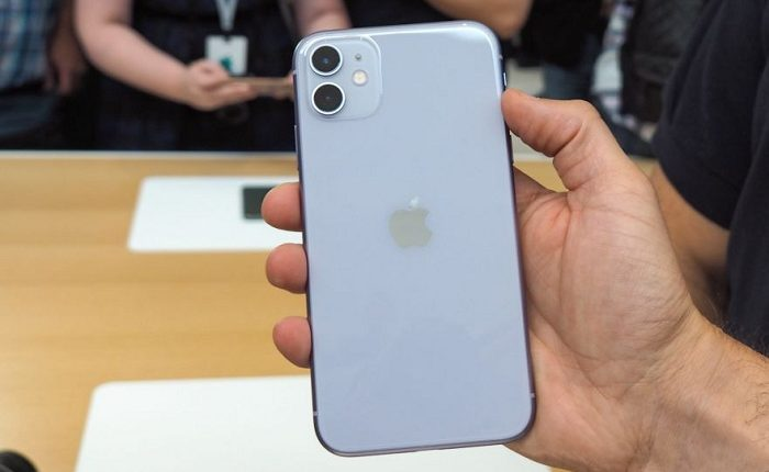 آیفون ۱۱ (iPhone 11)